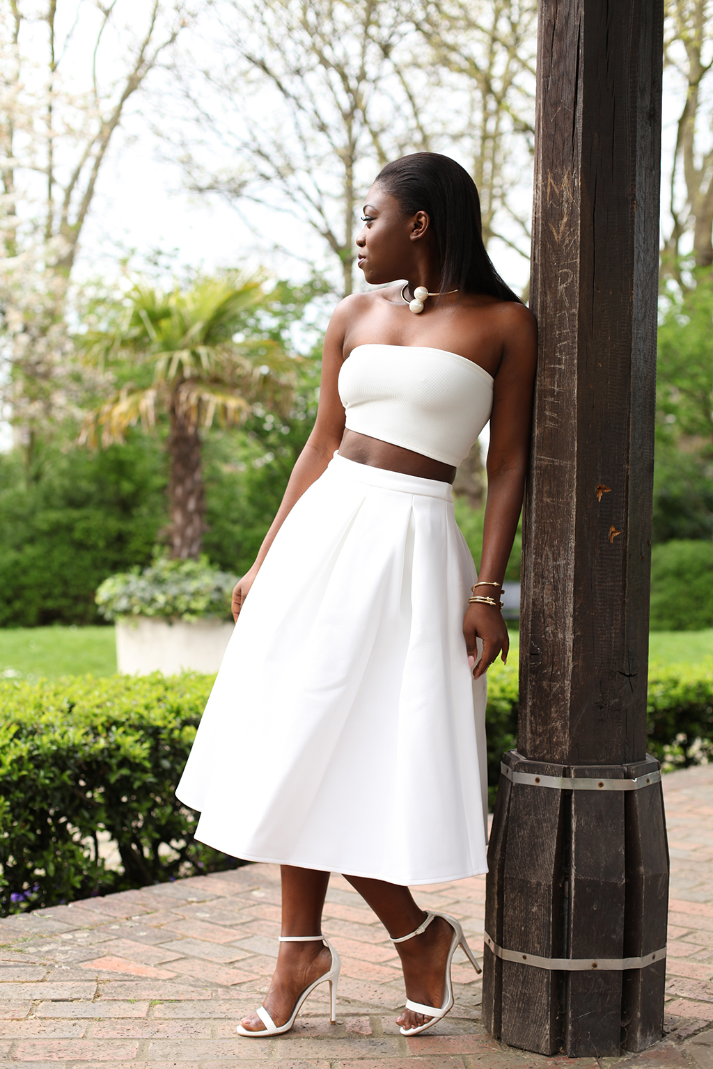 WHITE FULL SKIRT - Mirror Me | London Fashion, Travel & Personal ...